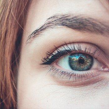 Avermann bietet die perfekt passende Kontaktlinse für jeden Menschen.