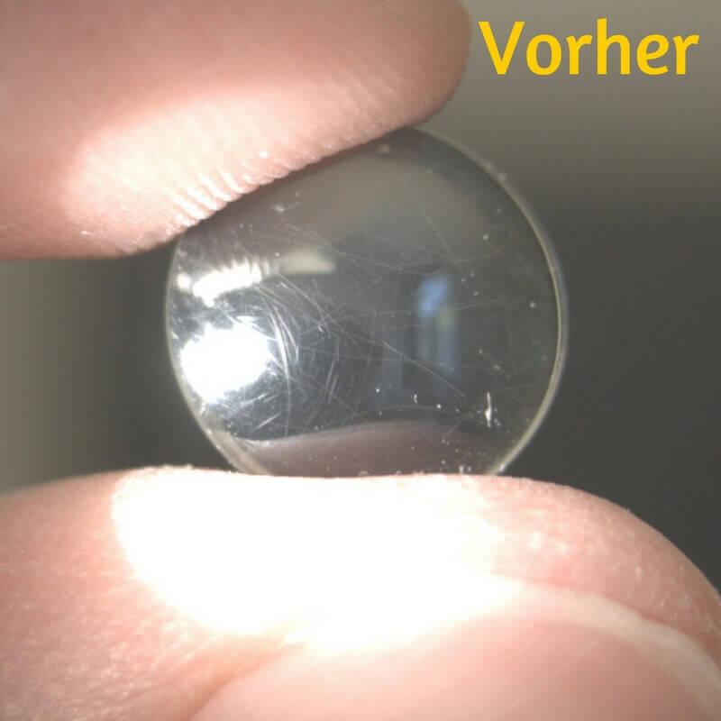 Formstabile Kontaktlinse mit Kratzern