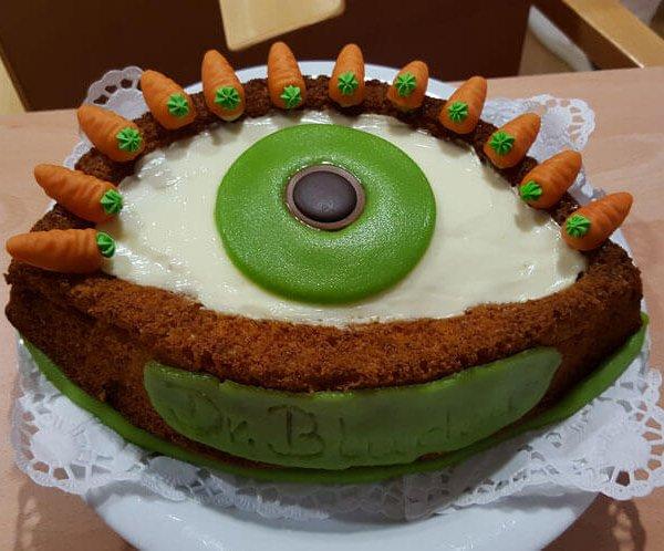Augen brauchen Vitamine – dieser Kuchen hat sie und ist einer der Gewinner beim Avermann Contactlinsen-Backwettbewerb.