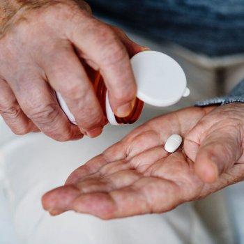 Medikamente und Kontaktlinsen